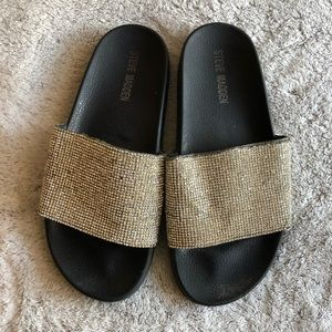 Steve Madden diamondy slides
